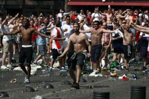Los Hooligans ingleses están causando estragos Foto:Getty Images
