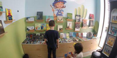 Los cuentos cobran vida en esta librería dedicada a los niños
