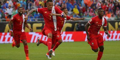 Sin embargo, Panamá no podrá contar con su principal figura: Blas Pérez, quien marcó los dos goles ante los altiplánicos Foto:Getty Images