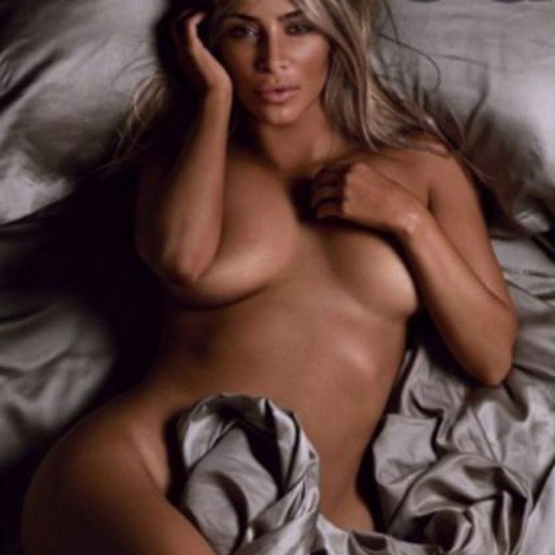 Kim Kardashian Celebra 10 Años De La Revista Gq Con Un Desnudo