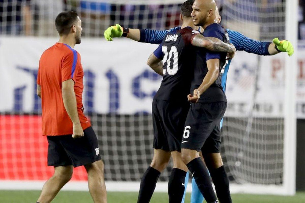 Los estadounidenses avanzaron a la siguiente ronda tras sumar seis puntos y quedar en la primera posición del Grupo A, superando por diferencia de goles a Colombia Foto:Getty Images