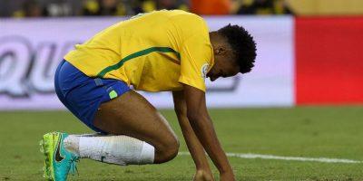 La crisis de la selección brasileña salpicó hasta a su camiseta