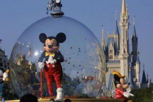 La compañía Walt Disney quiere apoyar a las víctimas del atentado. Foto:Getty Images