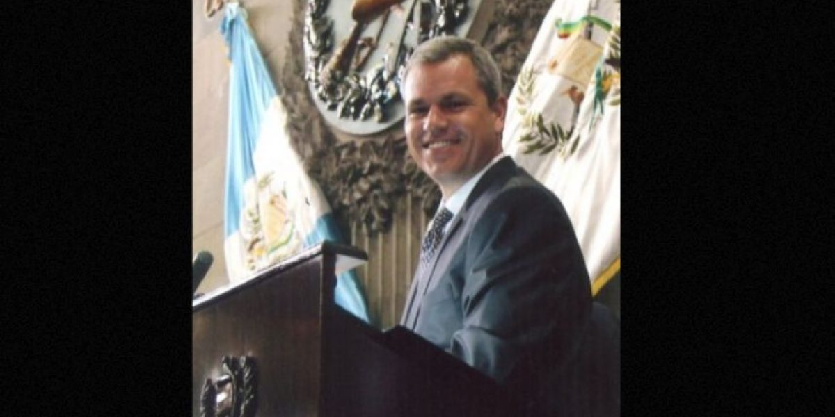 Presentan solicitud de antejuicio contra diputado Christian Boussinot por señalamientos de corrupción