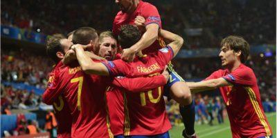España se clasifica con la primera goleada de la Eurocopa 2016