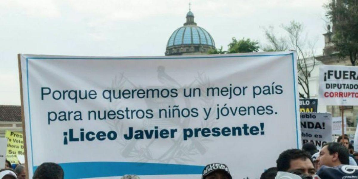"""Liceo Javier califica de """"arbitraria y prepotente"""" resolución del Mineduc"""