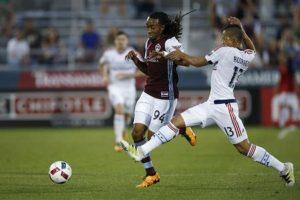 Colorado celebró tres puntos como local ante el Fire gracias a la anotación de Pappa. Foto:AP