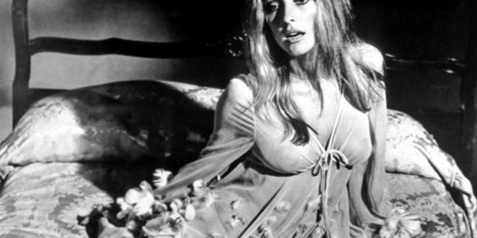 """El 8 de agosto de 1969, dos semanas antes de dar a luz, cenaba con unos amigos en su casa. Entonces los """"hijos"""" de Charles Manson entraron a su casa. Foto:vía Getty Images"""