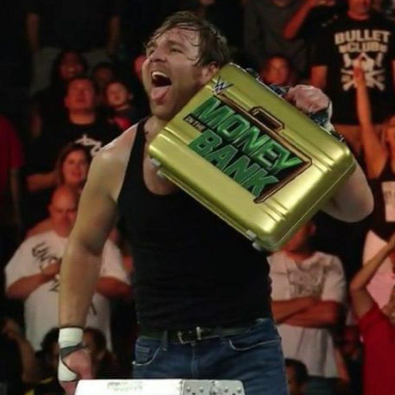 Dean Ambrose se hizo con el maletín de Money in the Bank Foto:Vía instagram.com/deanambrosenet