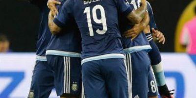 Caída de Lavezzi lo deja fuera de la Copa América