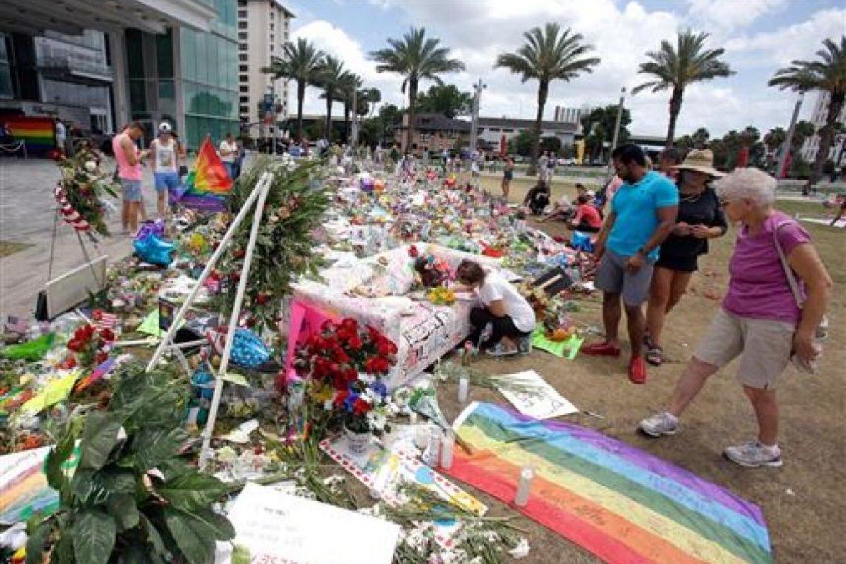 """A casi dos semanas del atentado a """"Pulse"""", el dolor continúa en Estados Unidos Foto:AP"""