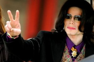 A cai 7 años de su muerte sigue generando polémica Foto:Getty Images
