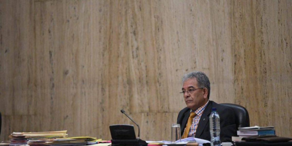 Negación de cargos, quejas y cambio de abogado marcan audiencia de #CooptacionEstadoGT