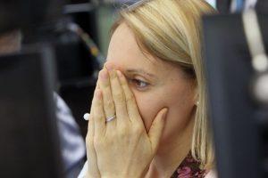 """Los mercados financieros del mundo sufrieron un colapso, ya es llamado un """"Viernes Negro"""" Foto:AFP"""