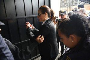 Baldetti al llegar a Tribunales. Foto:Oliver de Ros