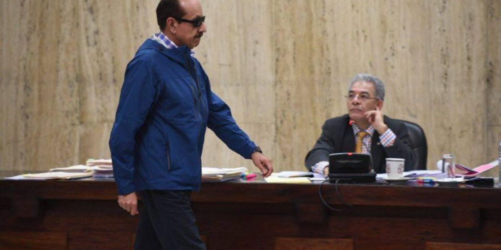 Julio Barrios fue examinado por un médico. Foto:Oliver de Ros