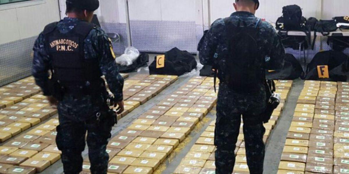 Policía incauta 400 kilos de cocaína dentro de contenedor en Escuintla