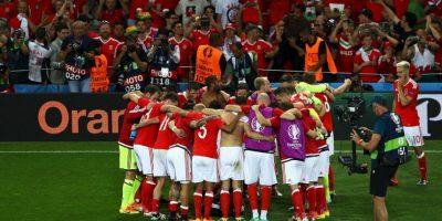 Gales, por su parte, contó con un inspirado Gareth Bale para avanzar de ronda Foto:Getty Images