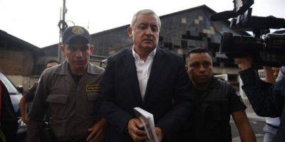 """Juez otorgará la palabra a Otto Pérez y a Roxana Baldetti en el caso """"Cooptación"""""""
