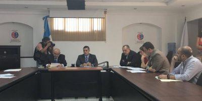 Diputados dudan de convenio firmado por el ministro de Salud