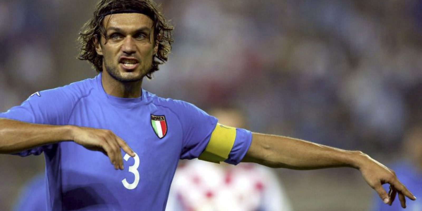 Uno de los jugadores más emblemáticos que ha tenido la selección italiana. El ya histórico capitán del Milan ganó lo que pudo con su querido club, pero en la selección no tuvo el mismo éxito. Fue otro de los que lamentó el tercer lugar en el Mundial que organizaron en 1990 y el penal fallado por Baggio que no les permitió coronarse en Estados Unidos 1994. Luego, en 1998 y 2002, se quedaría en cuartos y octavos de final, respectivamente. En la Eurocopa, en tanto, fue subcampeón en el 2000. Foto:Getty Images