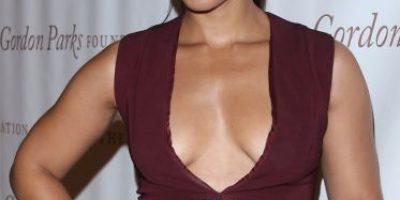Alicia Keys se presenta sin maquillaje en alfombra roja