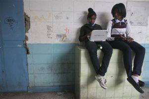 Activistas denuncian que uno de cada cuatro partos es de una menor de 15 años Foto:AP