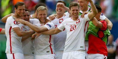 Polonia pasó tras ganar en penales a Suiza Foto:Getty Images