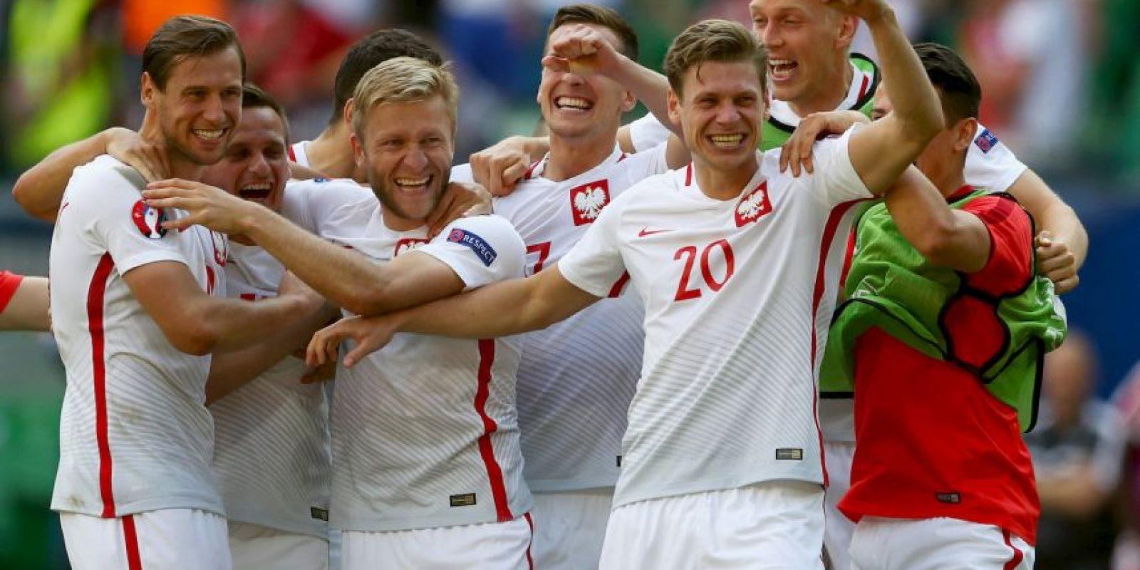 Polonia, por su parte, tuvo que ir hasta los penales para ganarle a Suiza Foto:Getty Images