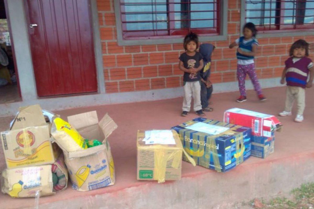E hicieron llegar alimentos básicos Foto:Facebook.com/Escuela-N-948