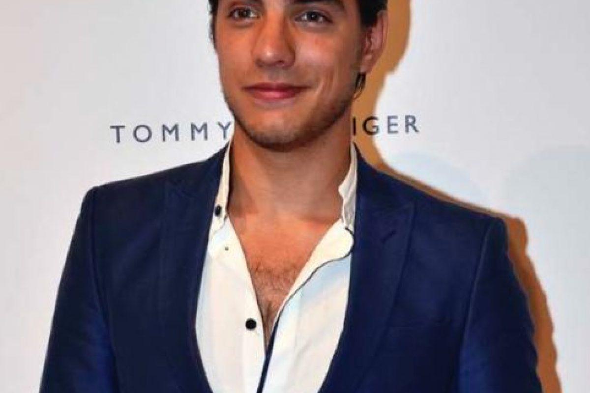 Vadhir Derbez (25 años) Foto:Vía Instagram