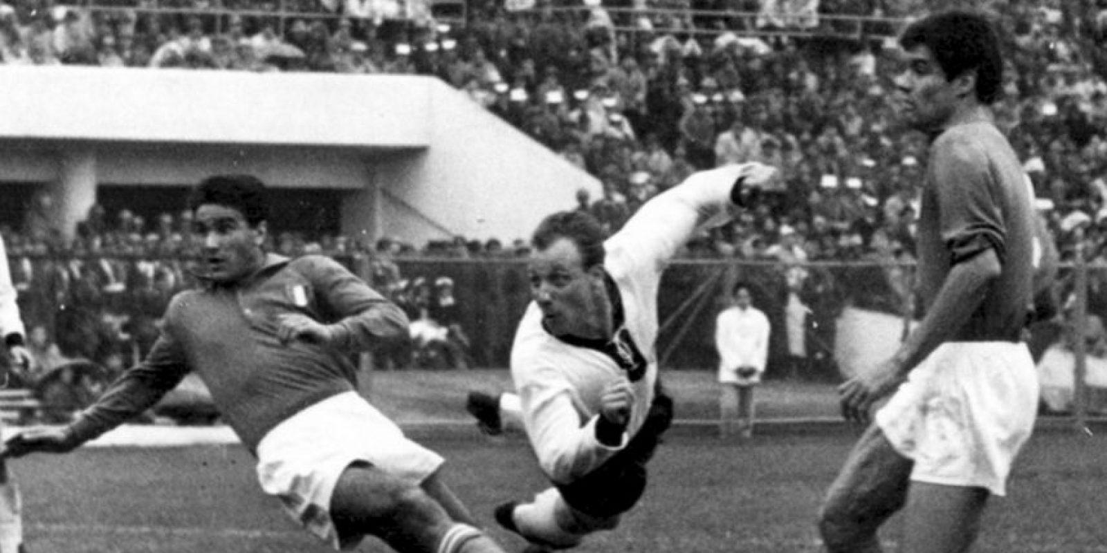 La primera vez que se enfrentaron fue en el Mundial de 1962 e igualaron sin goles Foto:Getty Images