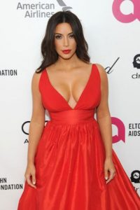 Kim Kardashian no podía faltar Foto: Getty Images