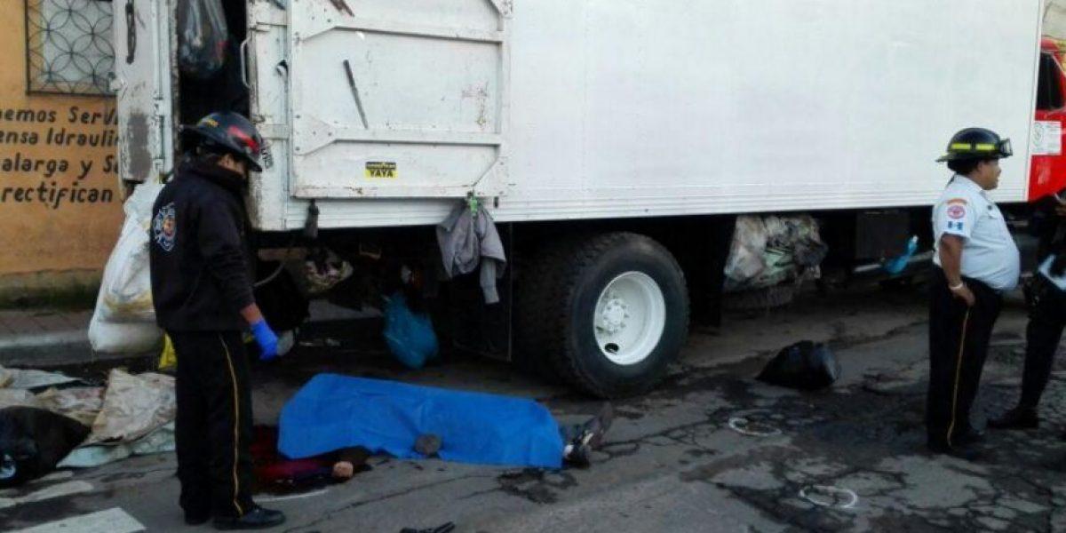 Ayudante de camión recolector de basura muere baleado en Villa Nueva