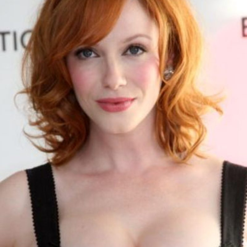 "Christina Hendricks se hizo famosa por su físico curvilíneo en ""Mad Men"". Foto: vía Getty Images"