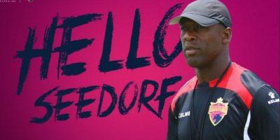 Seedorf vuelve al fútbol para dirigir en la segunda división china
