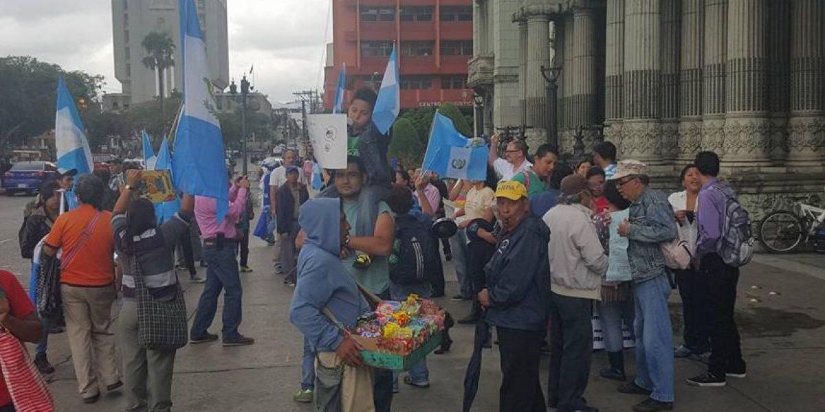 Guatemaltecos mostraron su apoyo a Thelma Aldana