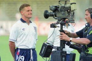 1990: Gascoigne en una captura fotográfica con Inglaterra de cara al Mundial de Italia 1990 Foto:Getty Images