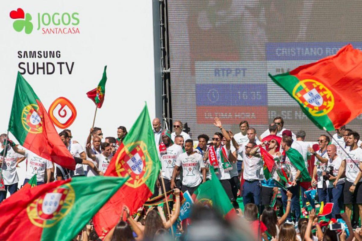 Los jugadores estuvieron en un escenario brindando discursos a sus hinchas Foto:Getty Images
