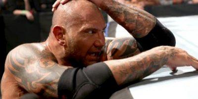Venció al veterano Vince Lucero en su fugaz paso por las MMA Foto:WWE
