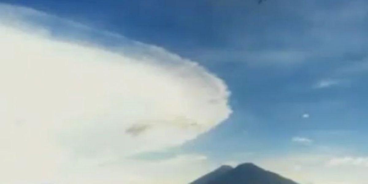Supuestos fenómenos naturales en Atitlán causan revuelo en redes sociales