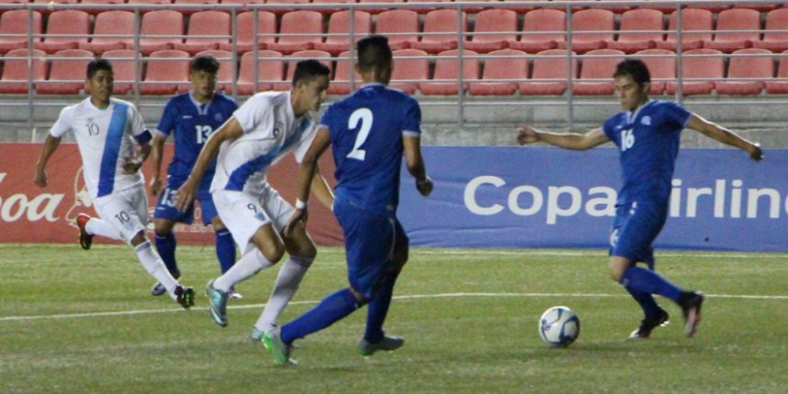 La bicolor sumó su quinto punto luego de tres partidos. Foto:FEPAFUT