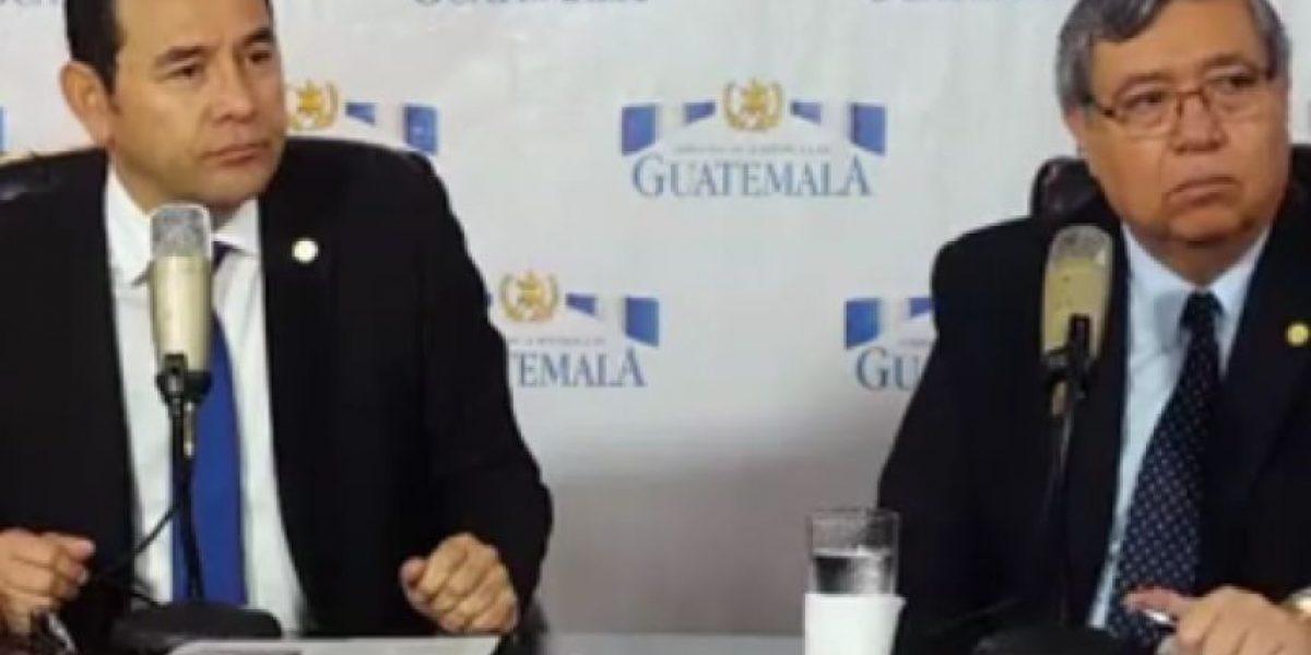 """Jimmy Morales dice que """"no se ha desviado"""" de sus promesas de campaña"""