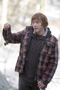 Los horrocruxes son objetos poderosos en los que magos y brujas ocultan un fragmento de su alma con el propósito de alcanzar la inmortalidad. Foto:Facebook Harry Potter