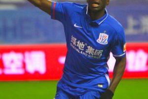 Actualmente forma parte del Shangai Shenhua de la Superliga China. Foto:Getty Images