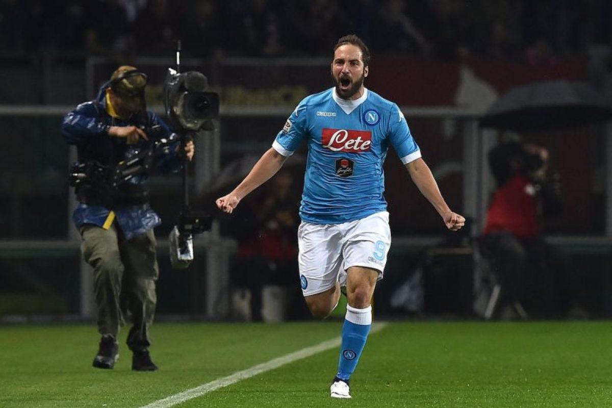 El delantero anotó 36 goles y rompió un récord de máximos anotadores en una temporada en Italia Foto:Getty Images