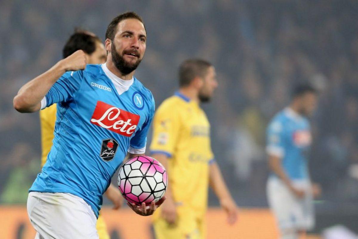 El Pipita se ha convertido en la vedette del mercado y Juventus es el club más interesado en ficharlo Foto:Getty Images