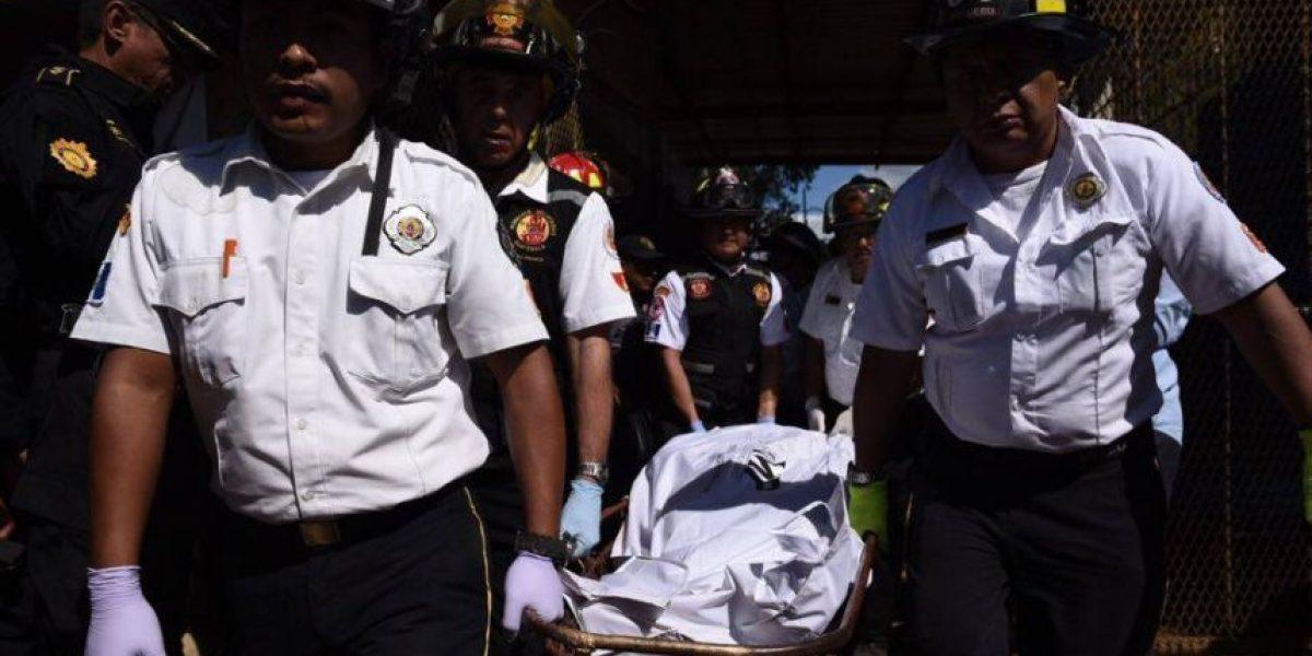 Crónica. Asesinan al excapitán Byron Lima, una argentina y a 11 reos