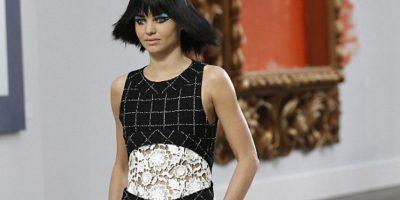 Fotos: Así es como las modelos lucen irreconocibles con maquillaje