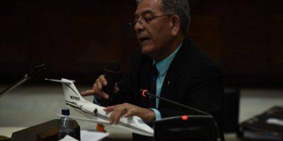 ¿Qué hace el juez Gálvez con un avión durante audiencia?